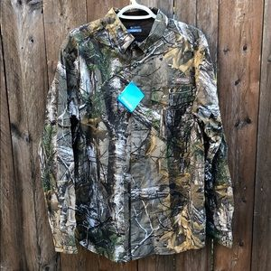 Columbia camouflage men's long sleeve shirt